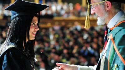 เรียนปริญญาตรีอังกฤษราคาถูกสุดๆ กับ LSC London