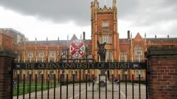 เกรดน้อยเรียน Queen's University, Belfast