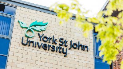 เรียนต่อปริญญา York St John University UK